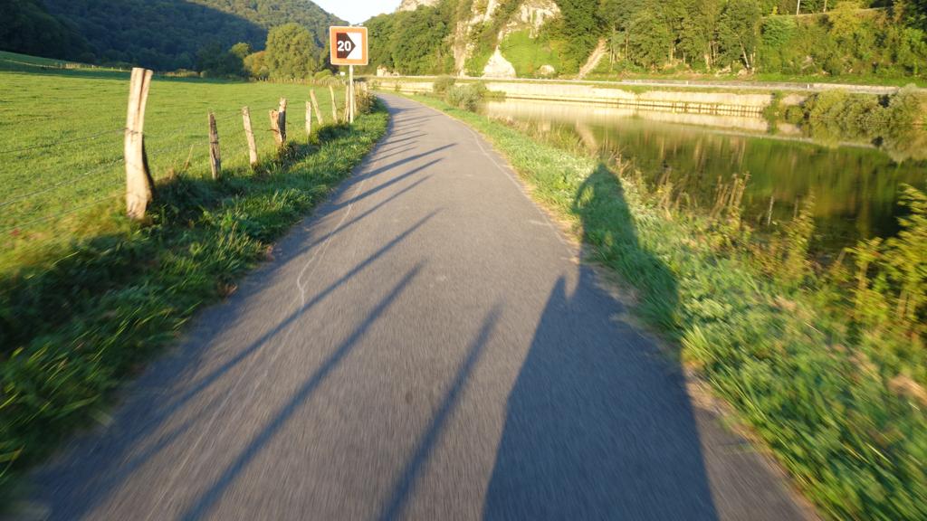 j08_ev6_veloroutedesfleuves_bicycle_touring_fun_03